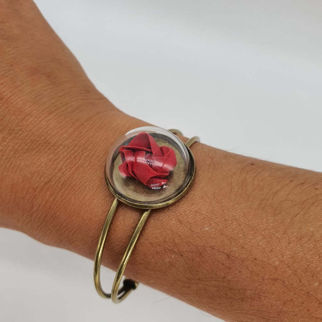marigami origami bracelet rose bulle en verre