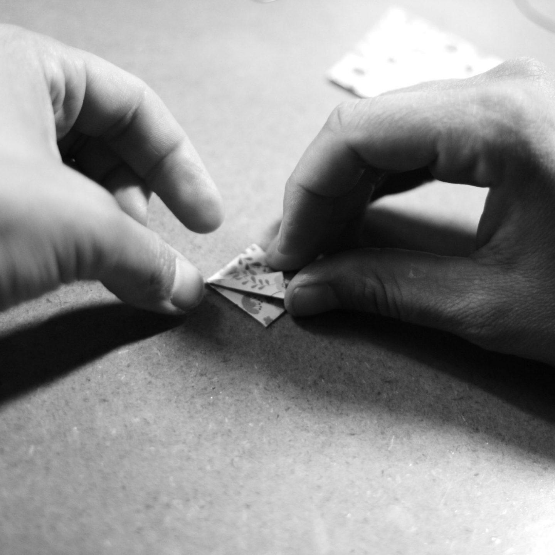 marigami main au travail origami